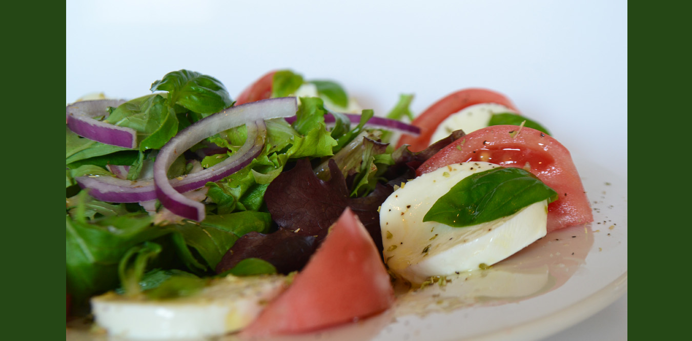 Romi's Pizza Italian Restuarant Kingsway Village Etobiocke Caprese Salad Tomatoes Bocconccini